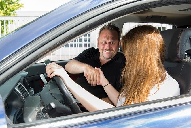 Der Gebrauchtwagencheck – Autokauf von Händler oder Privatperson?