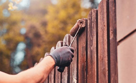 Outdoor Hilfe. Nie mehr Zäune oder Geländer streichen!